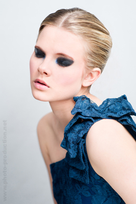 Photo of Johanna by Vincent Pham, Art director & Styling Hewane Tesfaye, make-up Magali Dos Santos, Hair Sonia @ Gossip Coiffure
